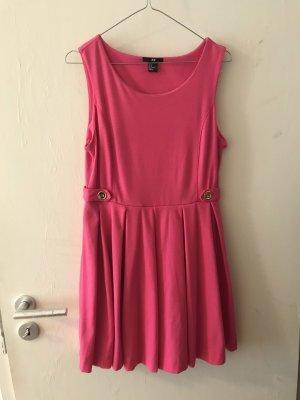 Pink Kleid