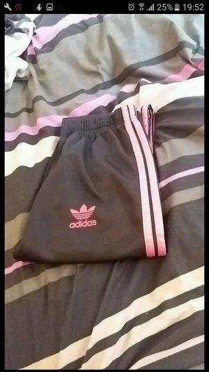 Pink-Schwarze Sporthose