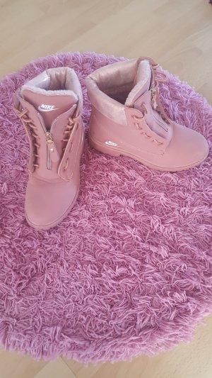 Pinke Boots