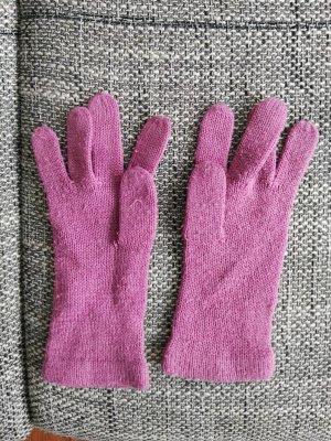 pinke Handschuhe aus Wolle