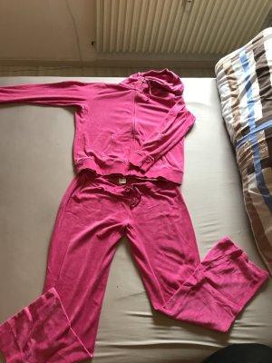 Pinke Jogginganzug von H&M