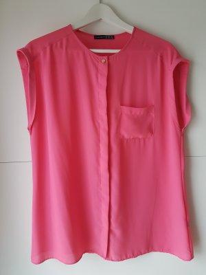 Pinke Kurzarm-Bluse mit versteckter Knopfleiste
