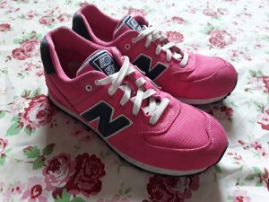 New Balance Basket à lacet rose
