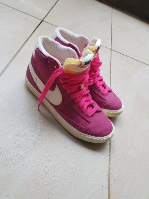 Nike Sneakers pink