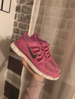Pinke Nike Free