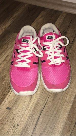 Pinke Nike Free Run 2
