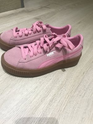 Pinke Puma Schuhe