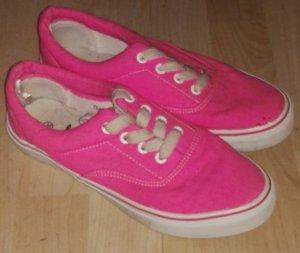 Pinke Sneaker noch nie getragen