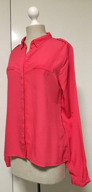 Pinke Sommer Bluse mit goldenen Knöpfen