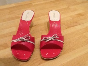 Via uno T-Strap Sandals pink