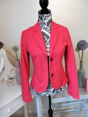 Pinker Blazer mit Kragen und Knöpfen - taillierter Schnitt