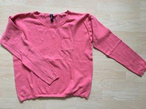pinker, dünner Pullover