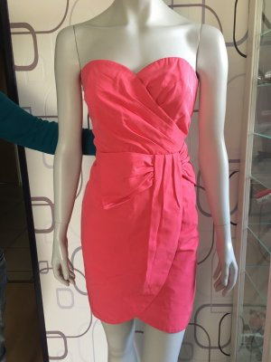 Pinkes Abendkleid
