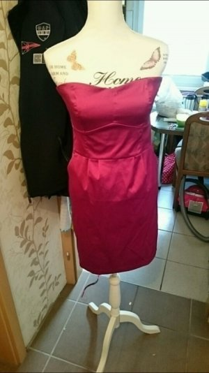 Pinkes Cocktail Kleid