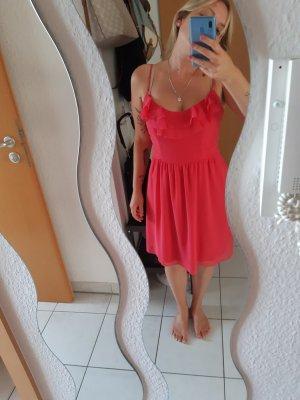 pinkes Kleid