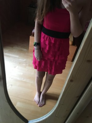 Pinkes Kleid trägerlos