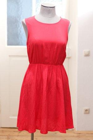 Pinkes Kleid von H&M Devided