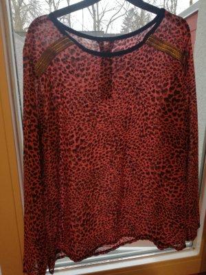 Pinkes Leo-Shirt von Bershka