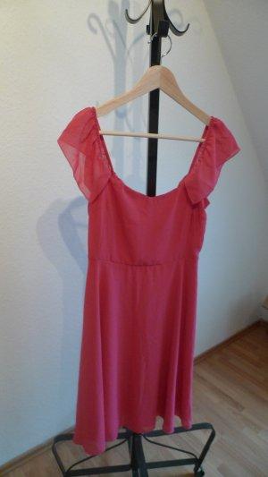 Pinkes schönes Kleid aus Mailand