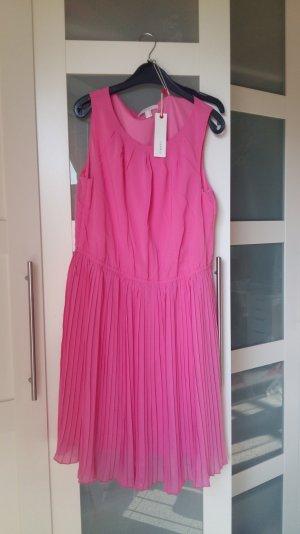 Pinkes Sommer-Kleid Esprit
