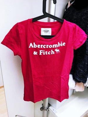 Pinkes T-Shirt mit Schrift von Hollister