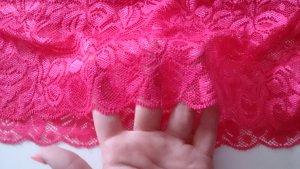 Pinkes Top mit Spitze