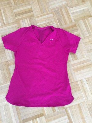 Pinkes Trainingsshirt von Nike in Gr. M