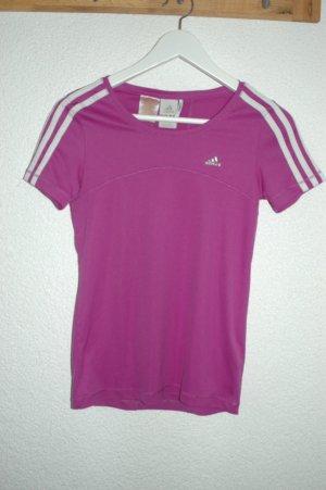 Pinkes Tshirt für den Sport