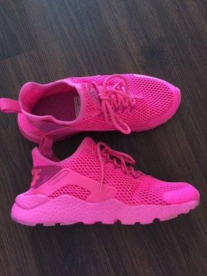 Pinkfarbene Nike air Huarache Ultra in Größe 38,5