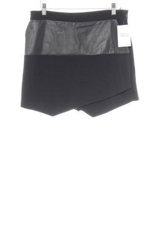 Pinko Shorts schwarz Elegant