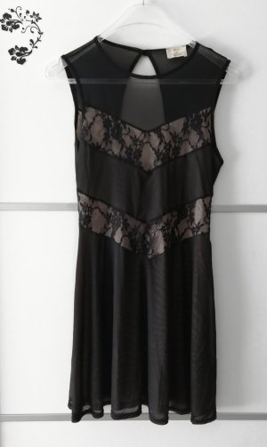 Pins and Needles Lace Dress black-cream