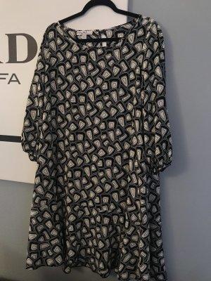 A Line Dress white-black