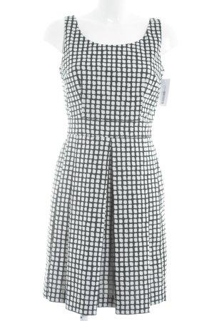Piú & Piú schulterfreies Kleid schwarz-weiß grafisches Muster Business-Look