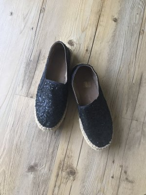 Macarena Slip-on Shoes black