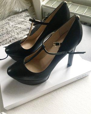 """Plateau Heels """"Guess"""""""