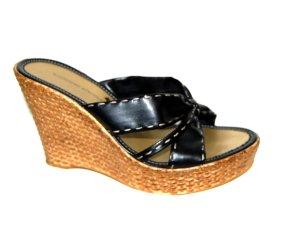 Sandalo con tacco nero Finta pelle