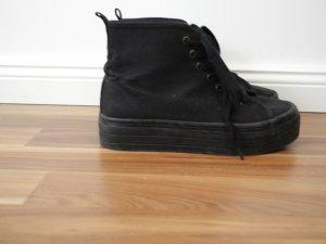 Plateau Plateauschuhe Schuhe Sneaker schwarz La Kardashian London Tokio H&M 37
