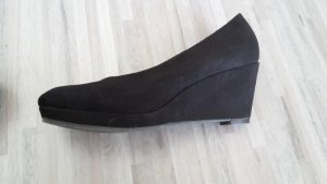 plateau pumps in schwarz