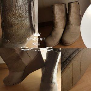 Plateau Pumps Schuhe 40 NEU