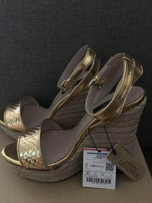 Zara Basic Plateauzool sandalen goud Leer