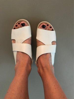 Bruno Premi Platform High-Heeled Sandal white-beige leather