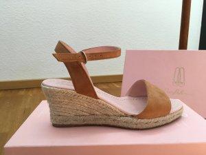 Pretty ballerinas Sandalo alto con plateau marrone chiaro Scamosciato