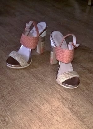 Vince Camuto Platform High-Heeled Sandal cream-apricot