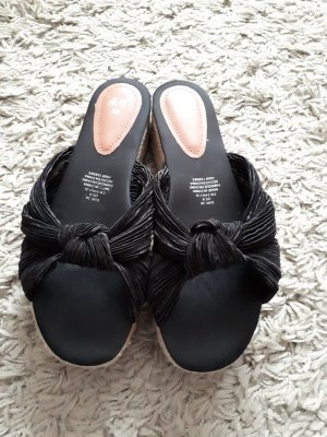 HM Plateauzool Sandalen met Hoge Hakken zwart