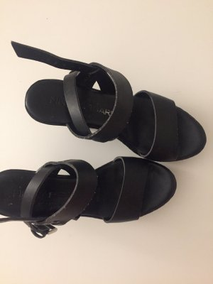 NR/Rapisardi Platform High-Heeled Sandal black