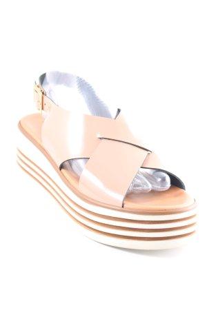 Sandalo alto con plateau beige stile da moda di strada