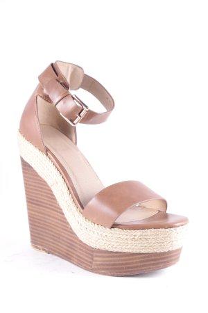 Platform High-Heeled Sandal brown casual look