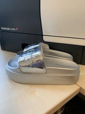 Superga Sandalo con tacco argento