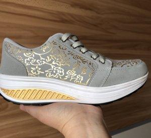 Plateau Sneaker Sport Schuhe Grau