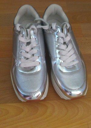 Zara Basic Zapatilla brogue color plata-gris claro Material sintético
